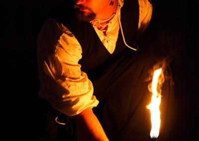 Mikien Intro der Feuershow beim Haaner Sommer 2015