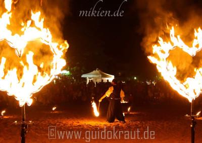 Feuerherzen bei der Feuershow vom Haaner Sommer 2015