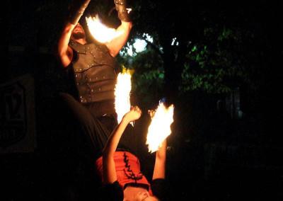 Poi Akrobatik bei der Feuershow vom Haaner Sommer 2011